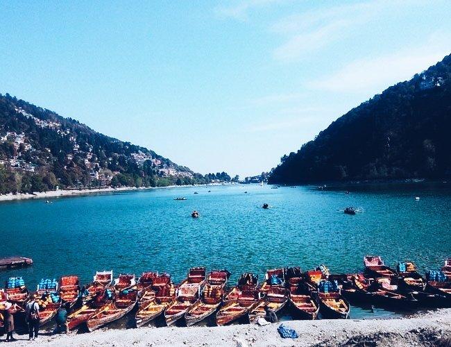Boat ride in Naini Lake