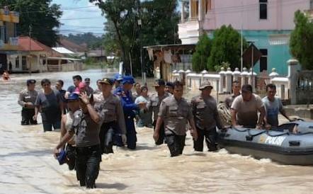 berita-banjir-pangkalpinang-bahasa-jawa-maret-2016