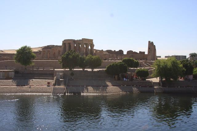 Visitar o TEMPLO DE KOM OMBO, o templo do Deus crocodilo | Egipto