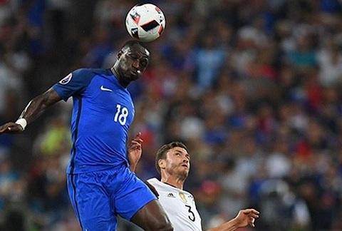 Sissoko giúp Pháp tấn công mạnh mẽ hơn, trong khi vẫn đảm bảo được sức