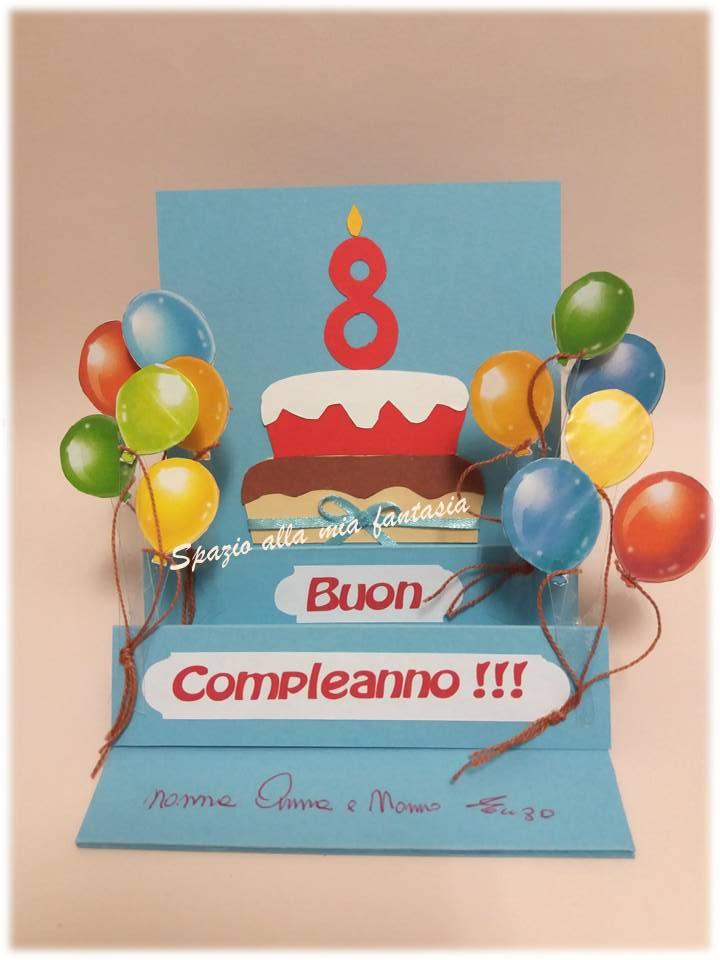 8 Anni Logo Delloro Di Buon Compleanno Su Fondo Bianco