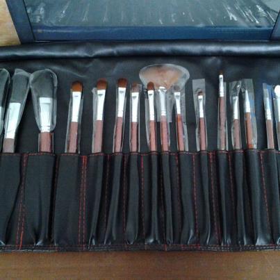Wardah: Kuas Make Up Lengkap Brush Set Kosmetik