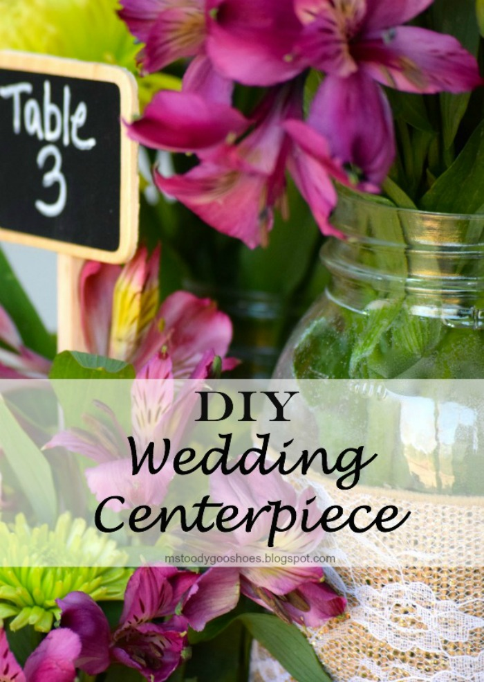 Mason Jar Wedding Centerpieces: Easy DIY project! These would be great for a barn wedding, or shower!