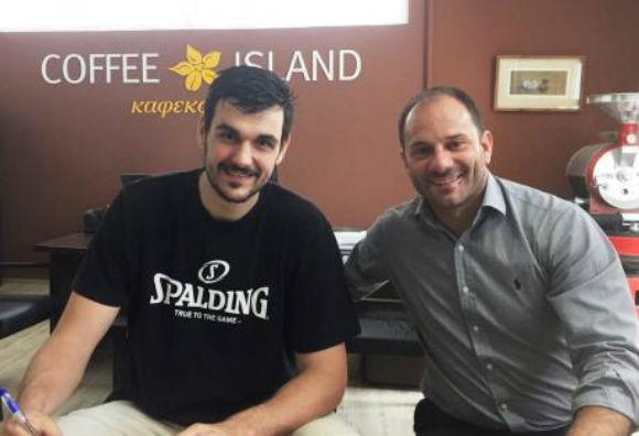 Και επίσημα στον Προμηθέα Πατρών ο πρώην παίκτης της Κύμης, Σταύρος Τουτζιαράκης (ΦΩΤΟ)
