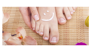 nail salons near me open now till 9pm on sunday as well