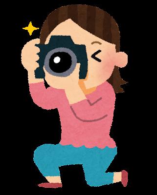一眼レフカメラを構える女性のイラスト「カメラ女子」