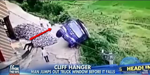 Conductor salva su vida al salir del vehículo al más puro estilo de 'Rápido y Furioso'