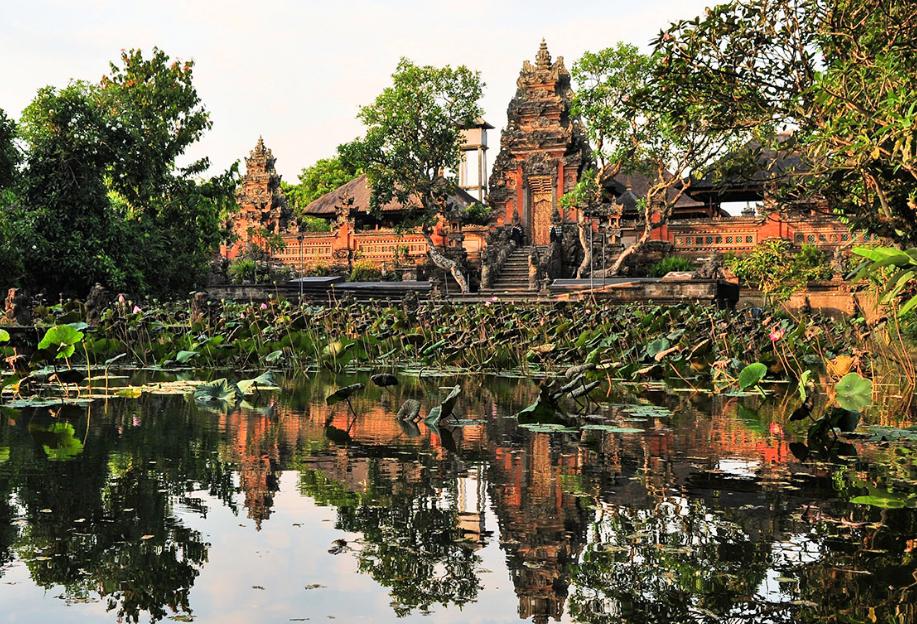 Taman Saras Wati Gianyar Wisata Baru