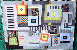 https://patchworkjitka.blogspot.cz/2017/08/the-lavaloon-quilt.html