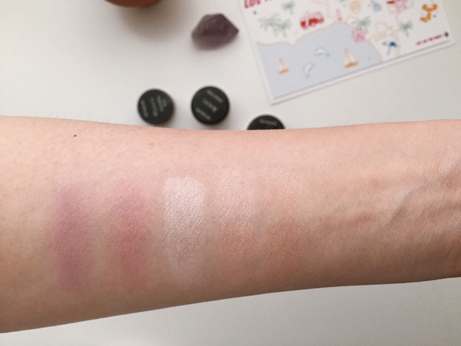 Silk Naturals Blush and Highlighter Glow Review Swatches folly plenty angel hellolindasau