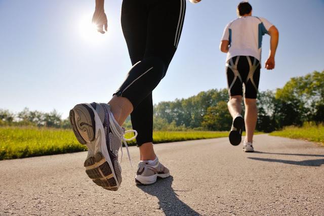 Perbedaan Jogging Pagi, Siang, Dan Malam