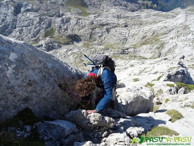 Ruta Requexón - Cotalba: Preparando el rápel