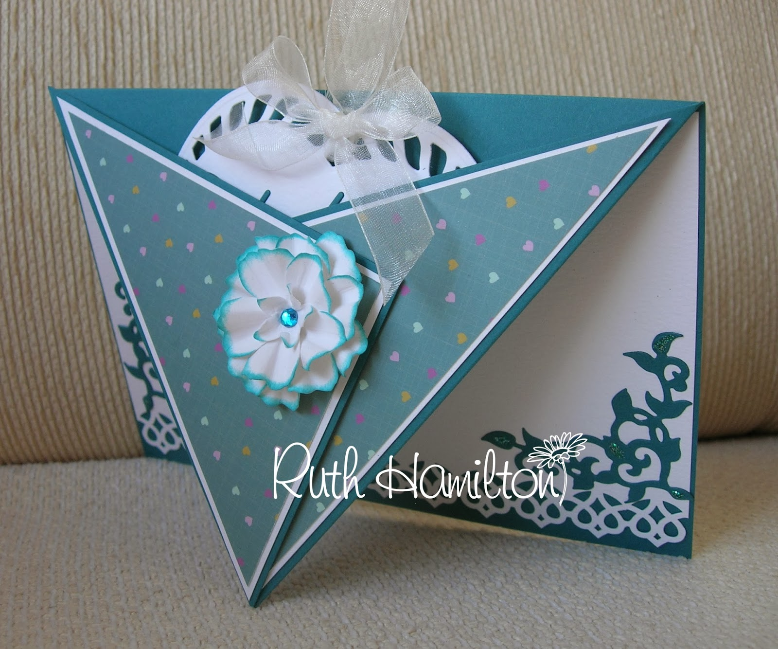 A Passion For Cards: Heart Tag Card