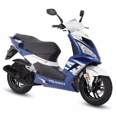 Peugeot Speedfight 3 125cc scooter blue & white color pose