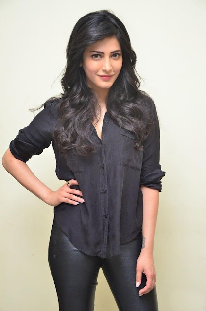 Shruti hassan premam interview pics