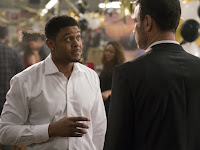 Liev Schreiber and Pooch Hall in Ray Donovan Season 5 (11)