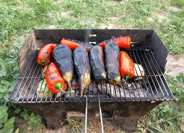 Ingredientes liutenitsa pimiento berenjena
