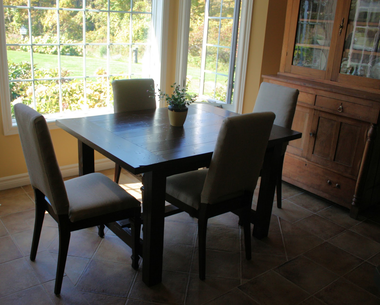 farm house kitchen table granite countertops landlocked farmhouse