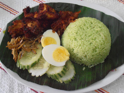 Nasi lemak Pandan MIEEZA Bakal Top Di Pandan Indah