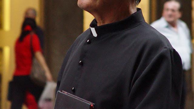 Un sacerdote retirado de 96 años compartió porno infantil en un asilo de sacerdotes