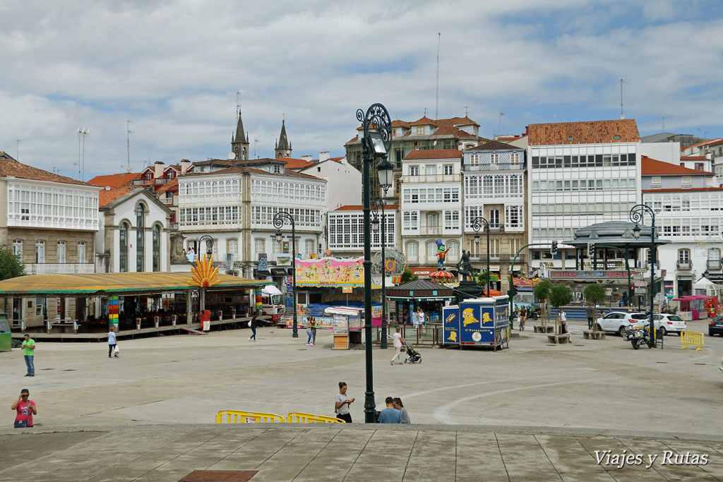 Plaza de los hermanos García Naveira, Betanzos