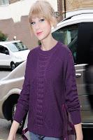 Pulover tricotat cu insertie din tulle la spate