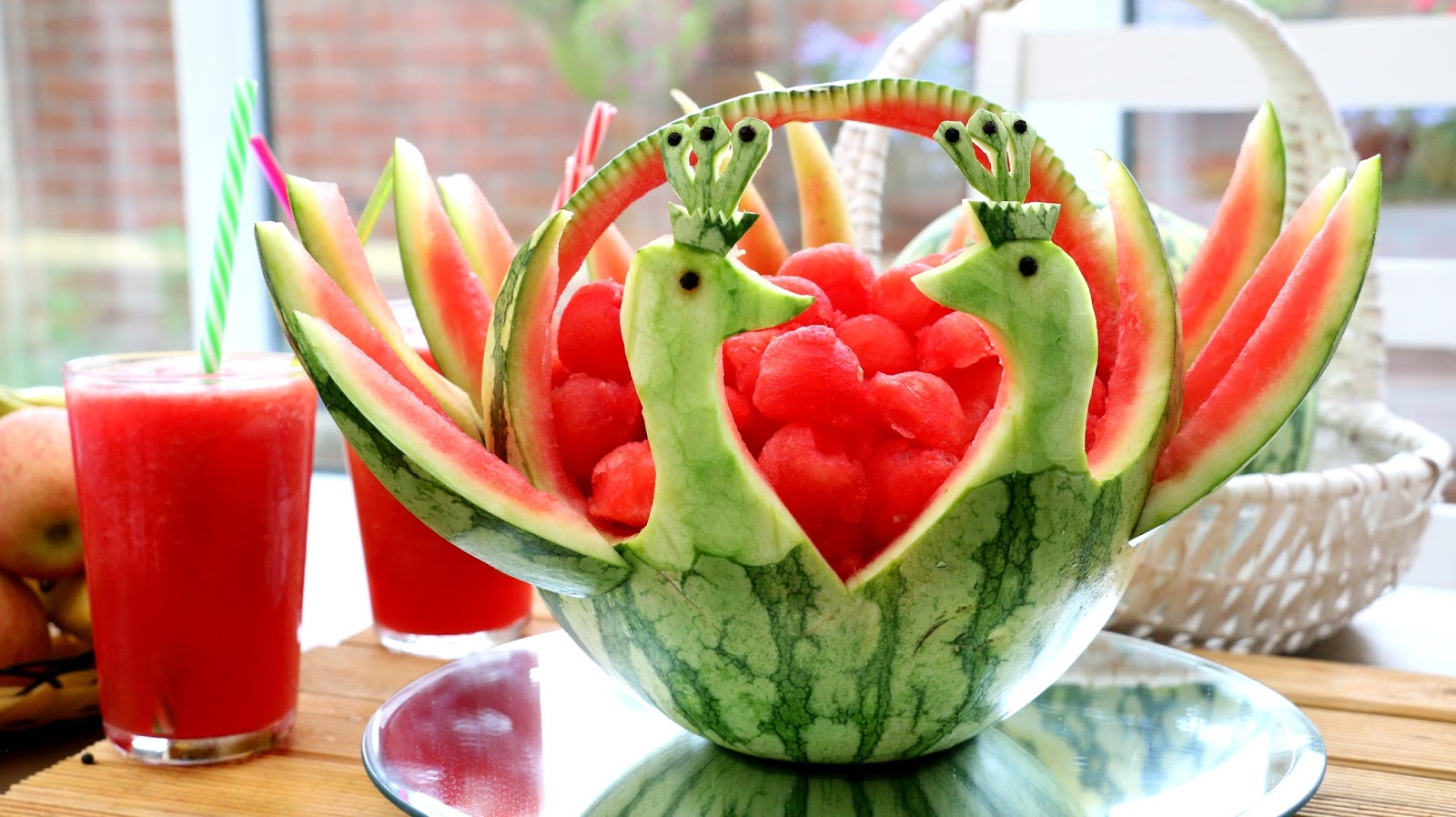Italypaul art in fruit vegetable carving lessons 【西瓜孔雀的