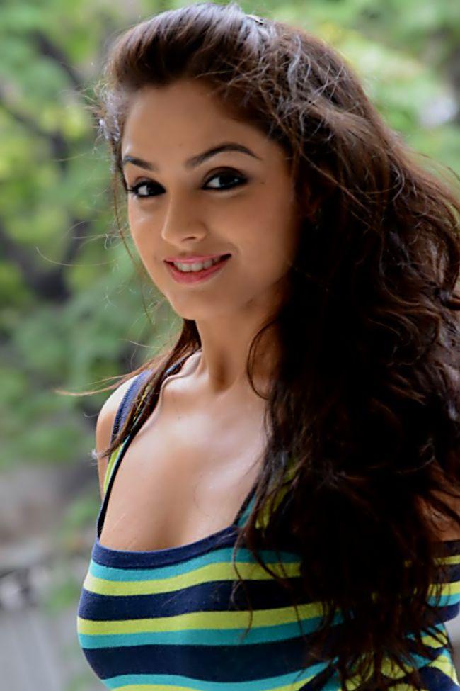 she stunning looks asmita sood tripathi lavanya miss don star