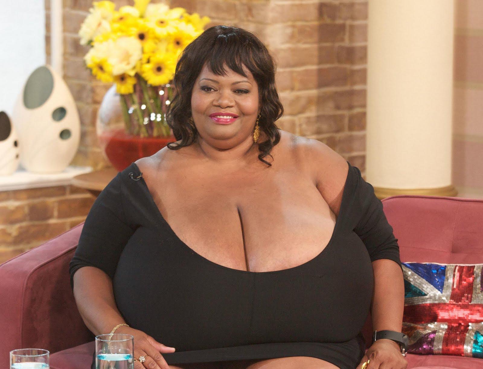 Naked oiled black women