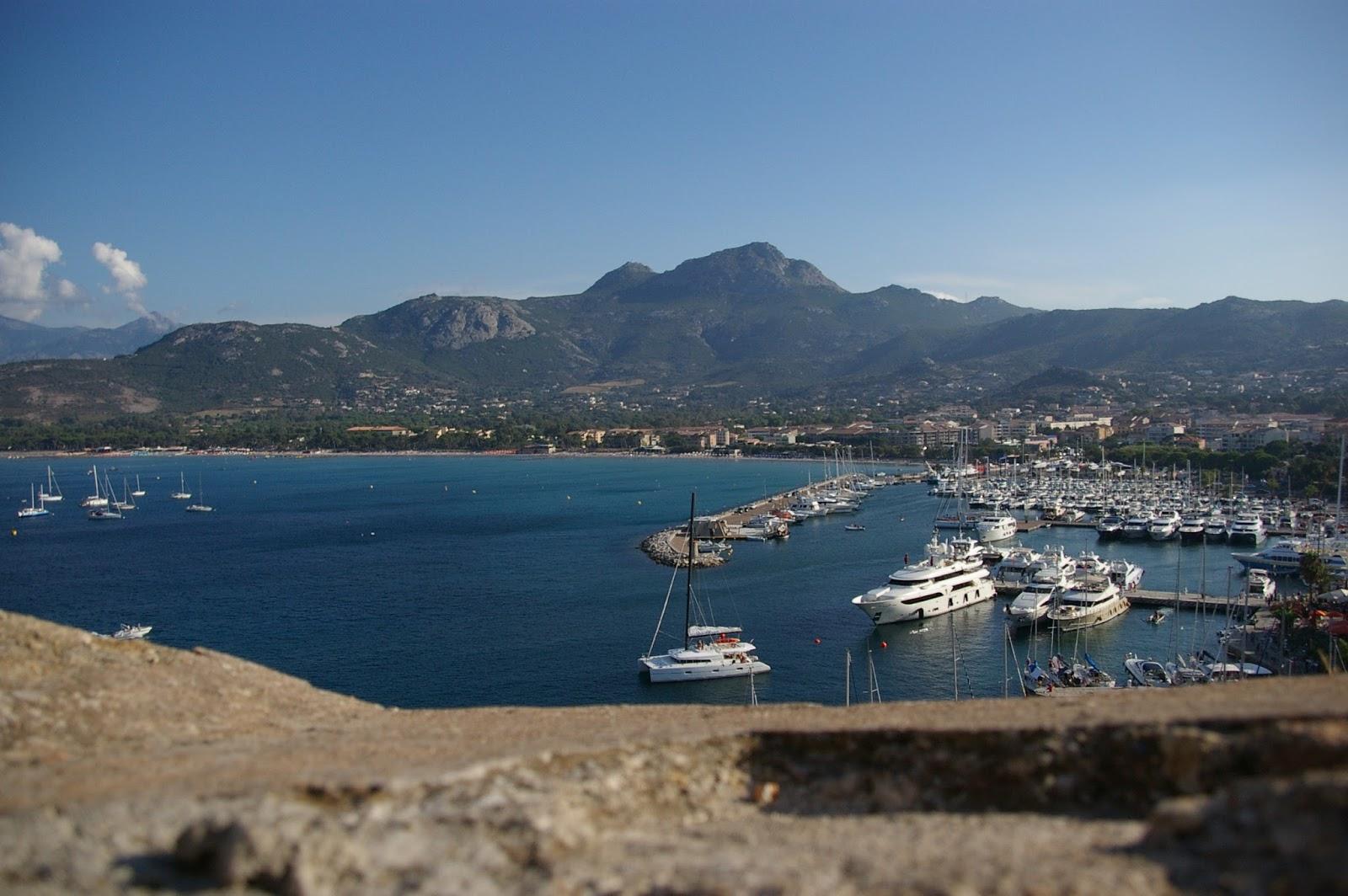 Korsyka Calvi
