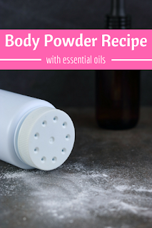 How to make a DIY body powder with essential oils. This recipe is for men or for women. The benefits of body powder include for sweat and moisture and being lightly scented. This natural recipe is made with arrowroot powder and baking soda and a few more simple ingredients. Get natural skin care beauty hacks and ideas for summer beauty. Uses are for staying fresh or being perfumed. This is the best natural recipe to make at home. #bodypowder #summerbeauty