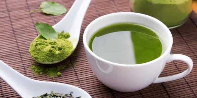 perbedaan green tea dan matcha