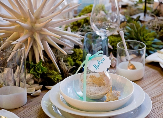 Sand Filled Globe Ornament with Tag Place Card Idea