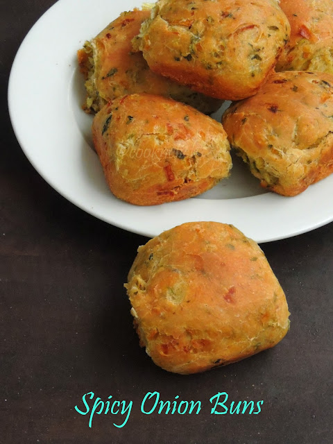 Khara buns, Coriander leaves & Onion Buns
