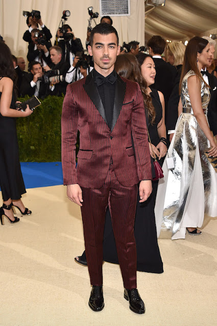 Joe Jonas at The Met Gala 2017 in a design by H&M