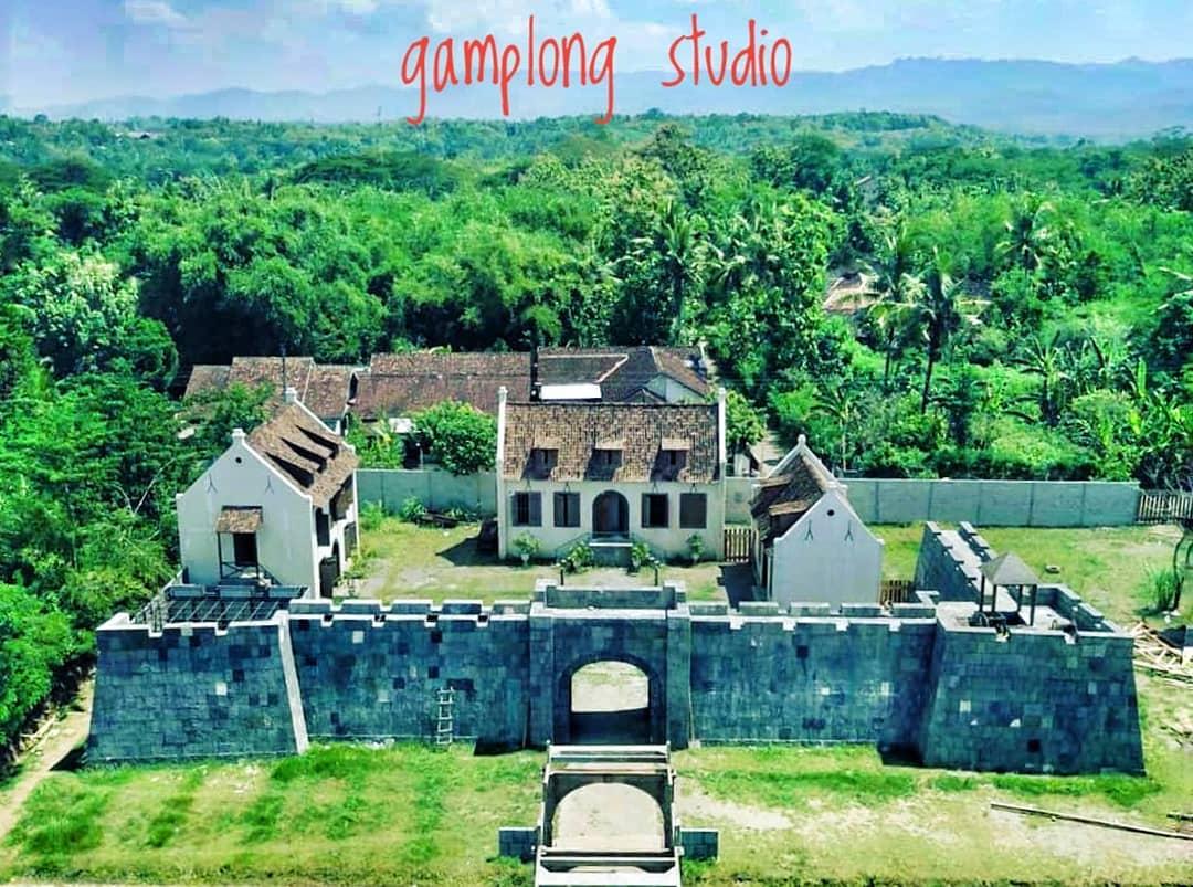 Gambaran Abad Pertengahan di Studio Alam Gamplong Sleman Yogyakarta