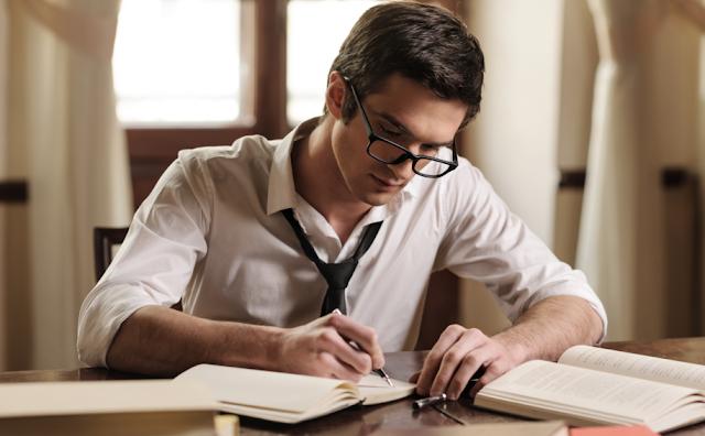 Suka Menulis? Honor 1,4 Juta/Cerpen, Inilah Alamat Email Redaksi Majalahnya