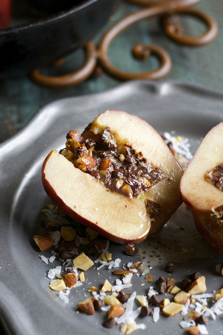 Five Must-Make Fall Apple Recipes! // A Style Caddy