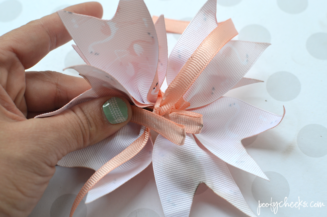 Grosgrain Spike Bow Tutorial and Step by Step Photos.