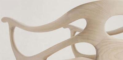 detalle de silla de madera