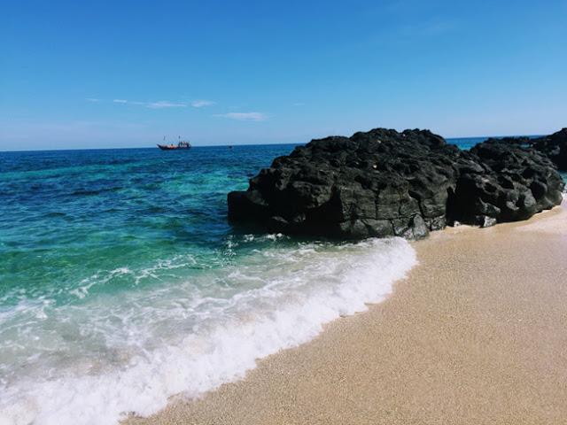 Đảo Bé đẹp dưới mọi góc nhìn
