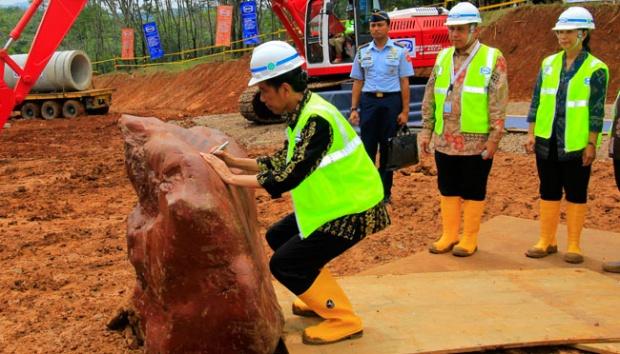 Salamuddin Daeng: Proyek Besar Infrastruktur untuk Biaya Politik 2019?