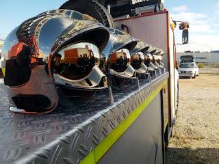 Los 6 cascos de los bomberos aprobados del grupo Entrenador de Atletas aprobados en 2015 en la Comunidad de Madrid