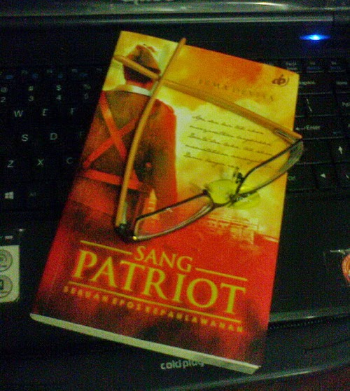resensi novel sang patriot