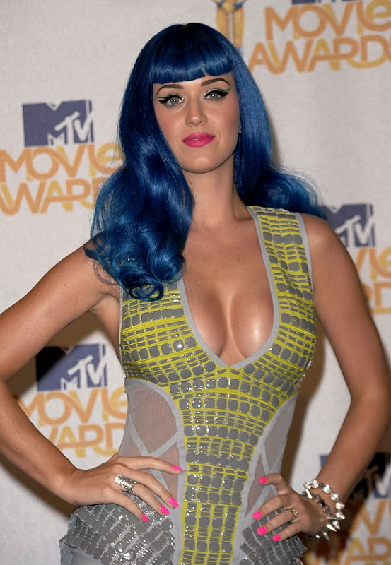 Red Carpet Dresses Katy Perry Mtv Movie Awards 2010