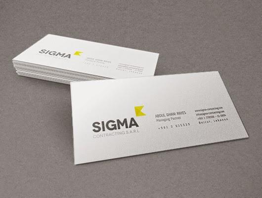 Business Card 3D Mock-Up PSD