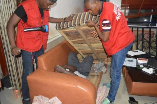 EFCC arrests 32 suspected Yahoo Boys hiding inside chairs in Ogun
