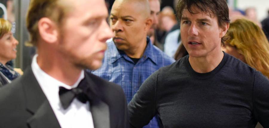 Tom Cruise şi Simon Pegg pe platourile de filmare pentru Mission: Impossible 5