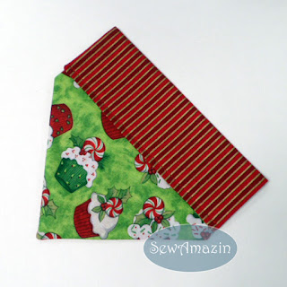 Christmas Dog Bandana, over the collar, cupcakes