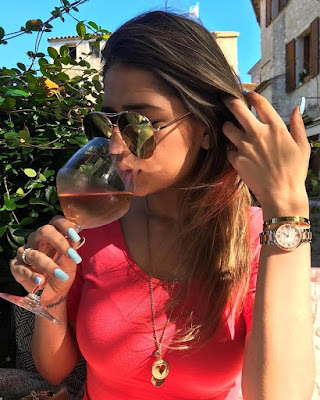 Deepika drinking alcohol